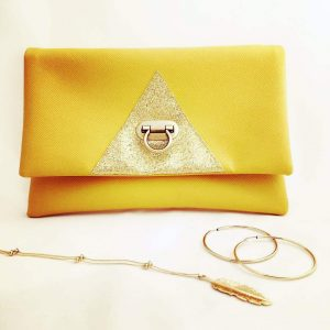 Pochette triangle